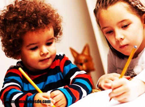 imagenes de niños estudiando